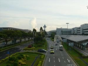 Поглед между терминалите